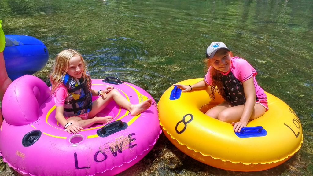 Tips for Tubing in Ichetucknee Springs State Park | Florida Family Vacation Ideas | Mommy Runs It
