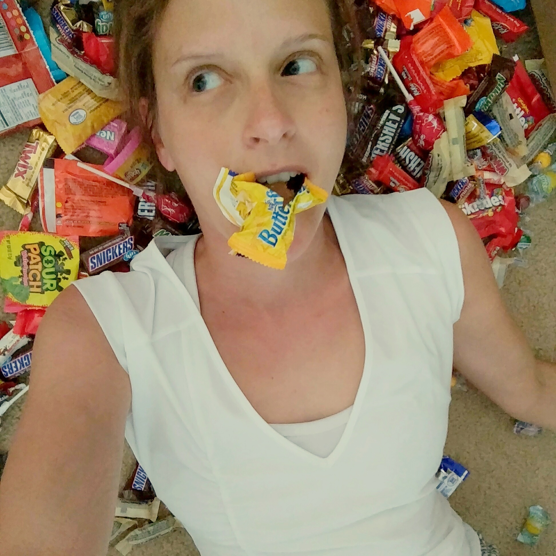 Do Something Sweet for the Troops: Donate Your Halloween Candy   Mommy Runs It