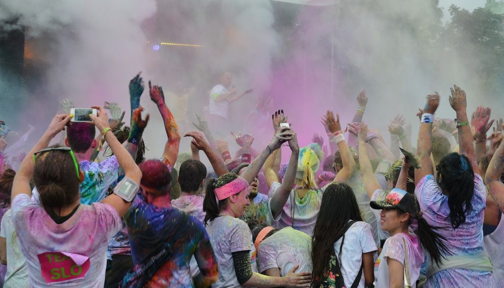 Color-Fool Fun Run: A Color Run Recap | Mommy Runs It