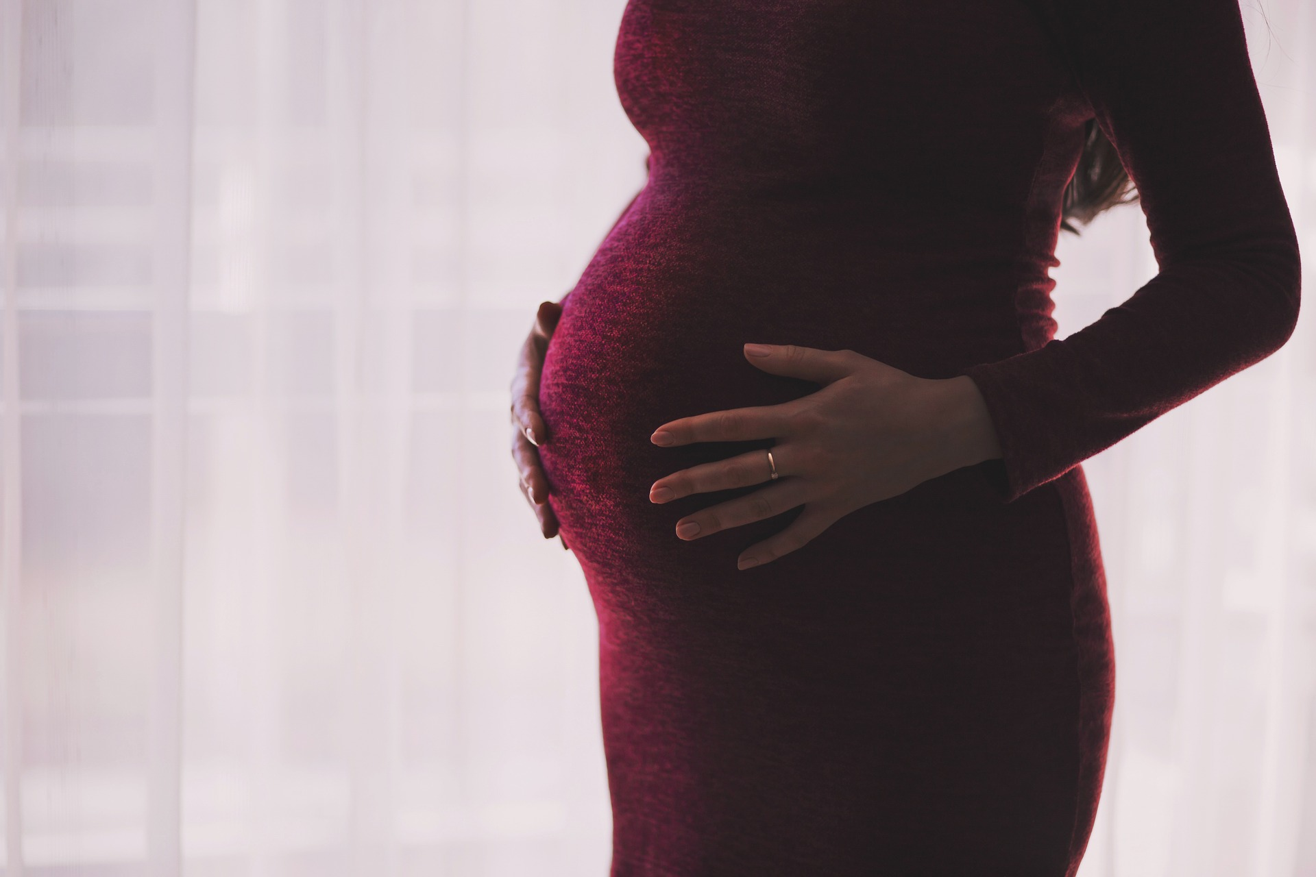 Spinal Fusion FAQ: Is Pregnancy After Spinal Fusion Safe? | Mommy Runs It